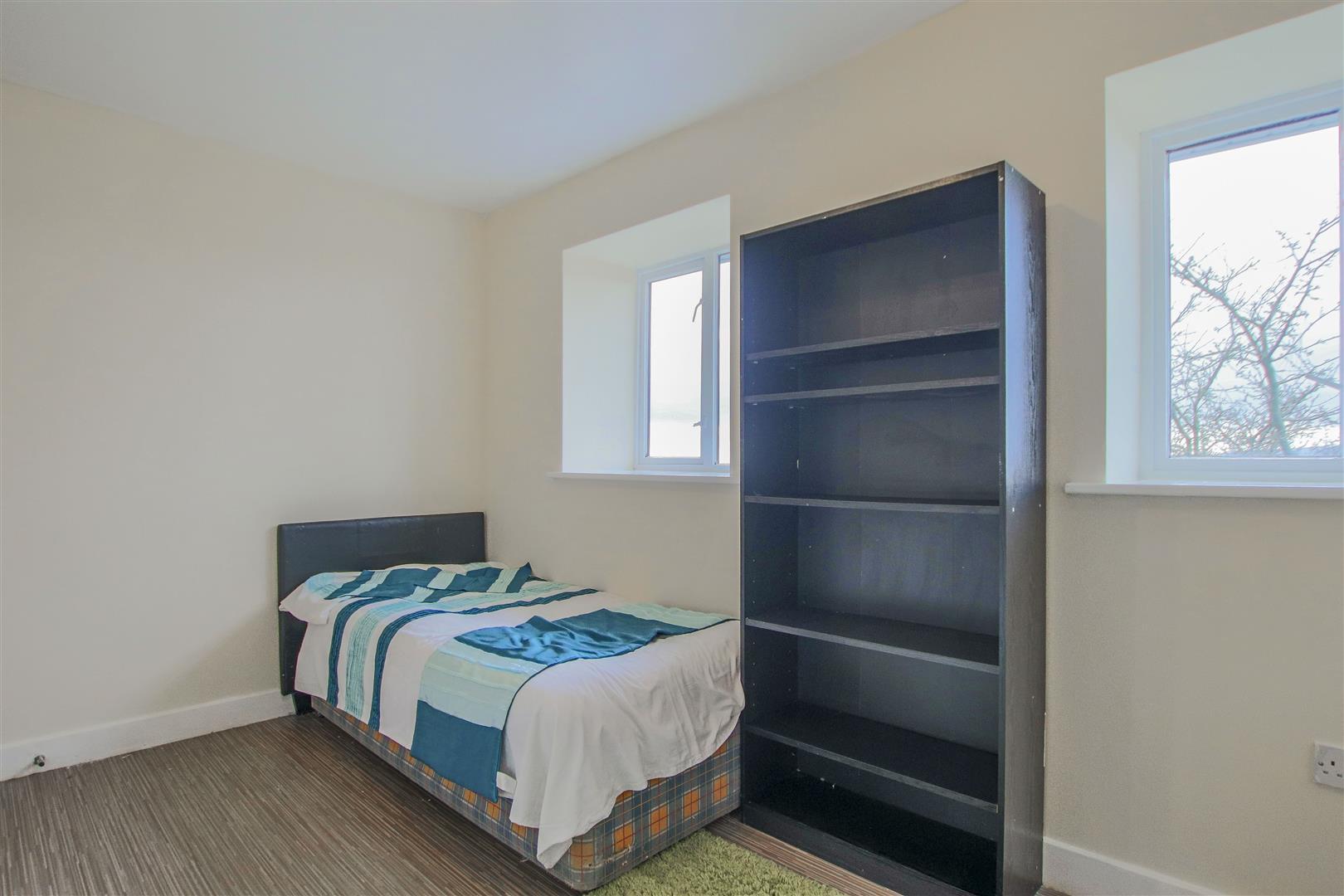 4 Bedroom Farmhouse For Sale - 15.JPG